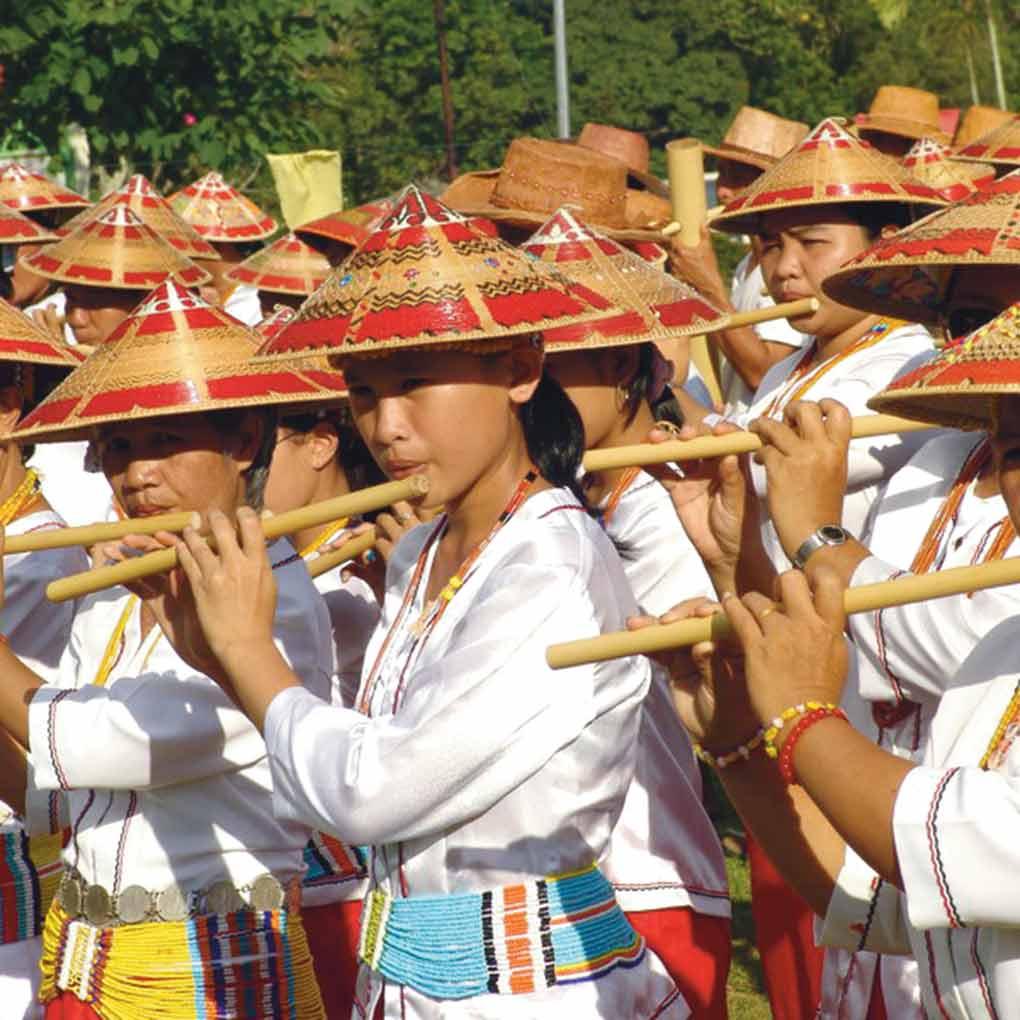 Lun Bawang Bamboo Band